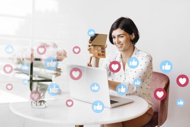video de revisao de maquiagem ao vivo de blogueira de beleza 53876 98461 - Conquiste a confiança do cliente no seu E-commerce